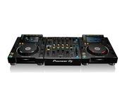 Pioneer CDJ-2000 NXS2 & Pioneer DJM-900 NXS2