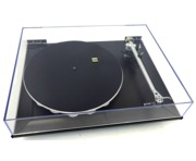 Rega P7 HiFi Turntable with AudioNote IQ1 Cartridge (Black)